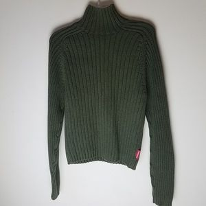 Abercrombie and Fitch large hunter green sweater
